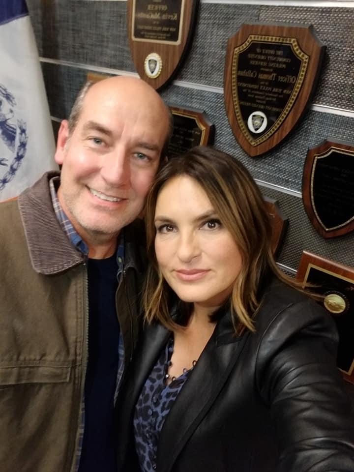 James on set with Mariska Hargitay in Law and Order: SVU